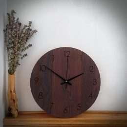 laikrodis medinis